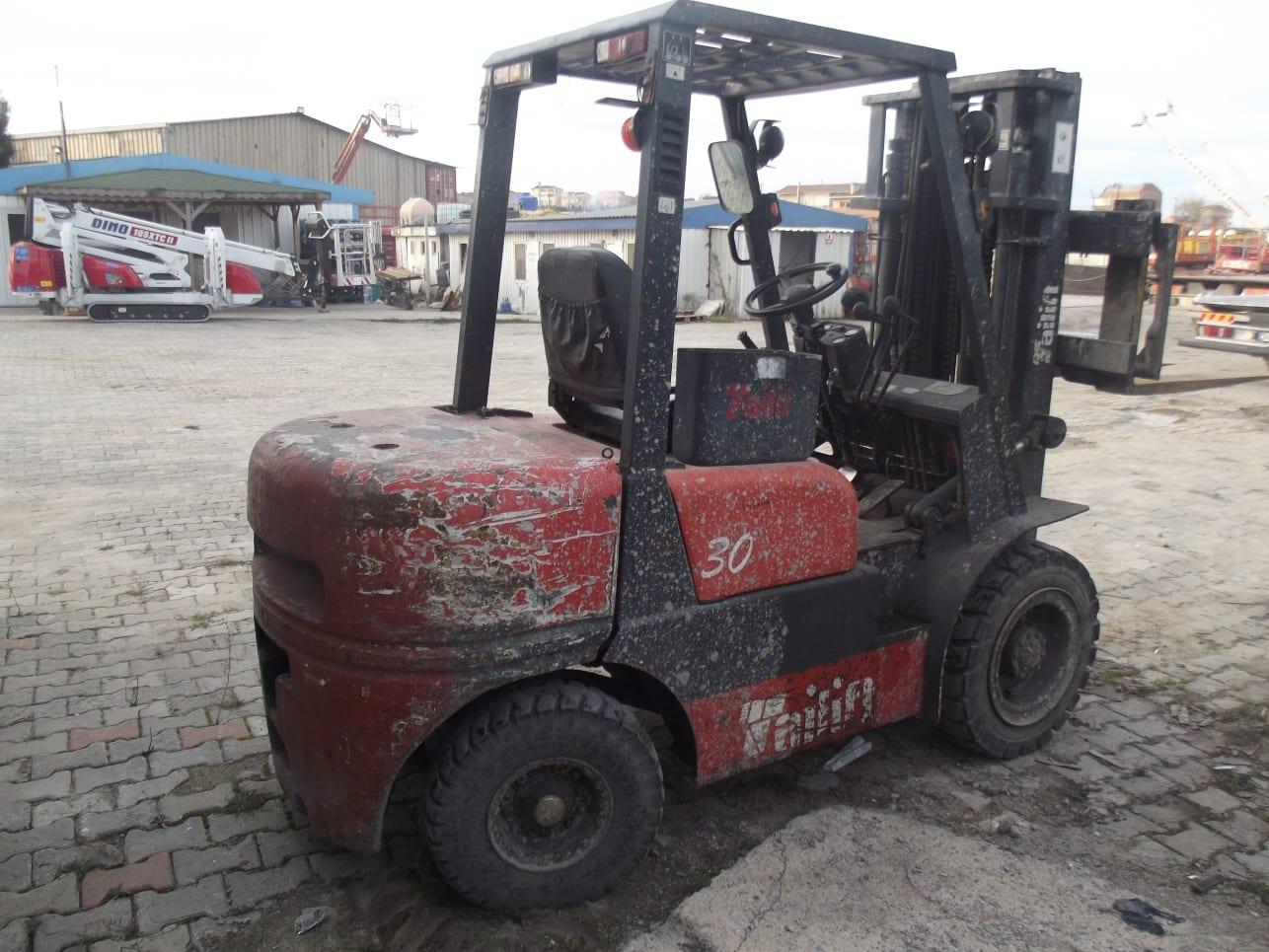 Satılık 3 Ton Kaldırma Kapasiteli Dizel Forklift