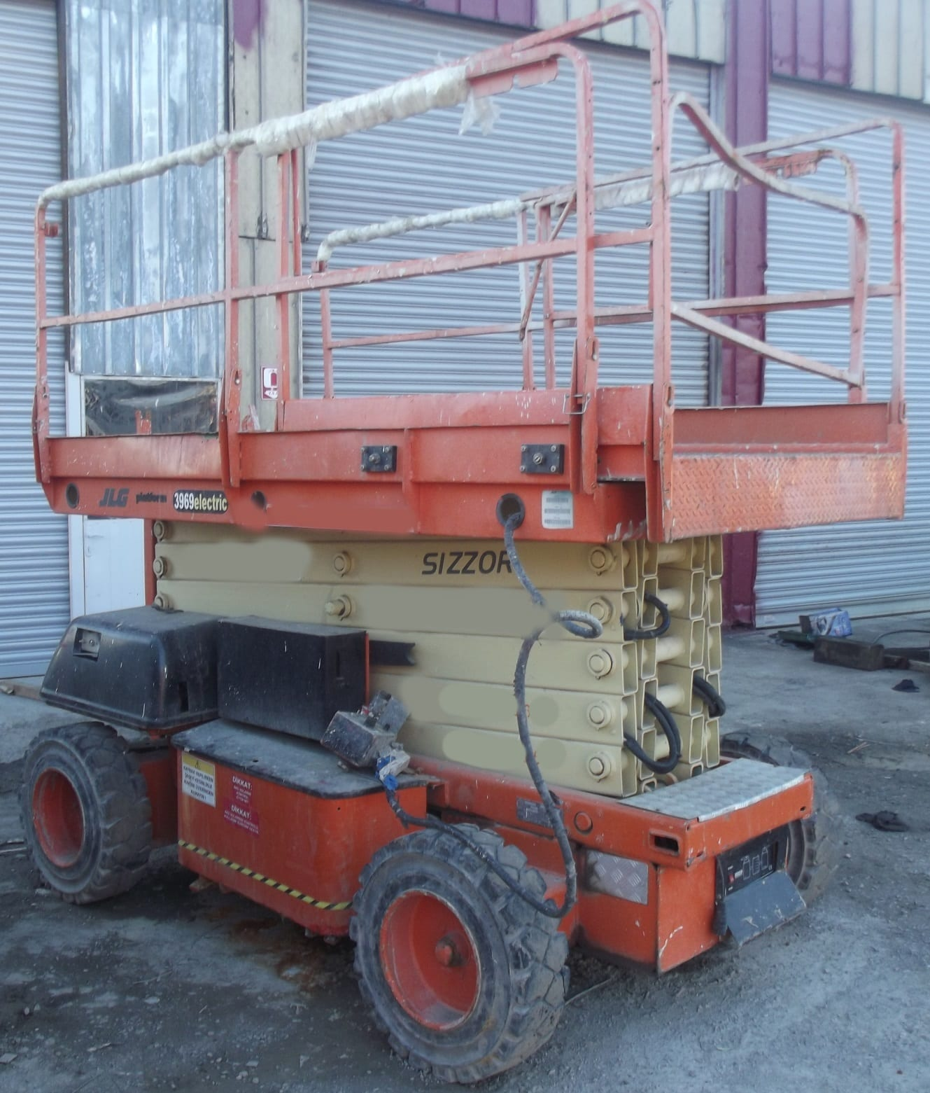 JLG 3969- İkinci El Akülü Satılık Manlift