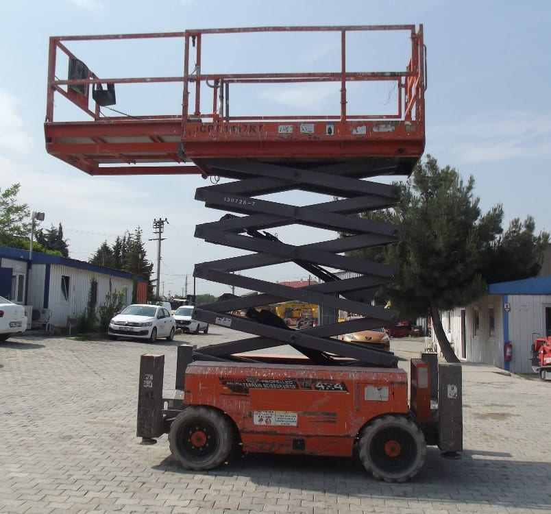 14 Metre İkinci El Dizel Makaslı Platform