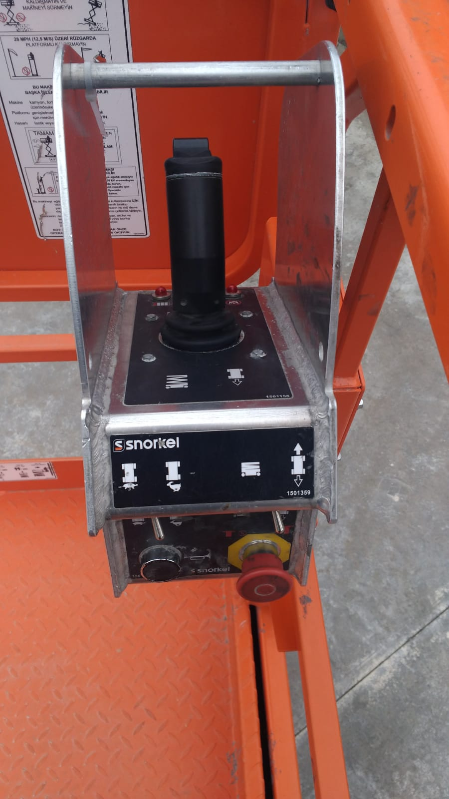 SNORKEL S4732E – Satılık Akülü Makaslı Platform